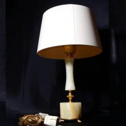 Lamp met marmeren voet