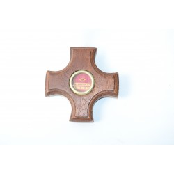Reliek in houten kruis