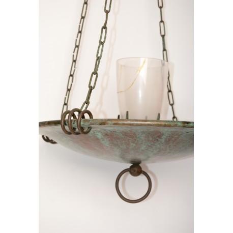 Grote hanglamp uit een kerk / Godslamp