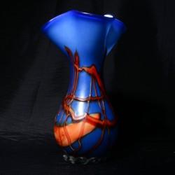 Vaas blauw glas met oranje accenten